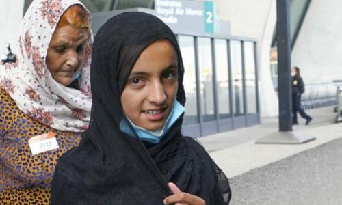 Afghan girl arriving at Dulles airport